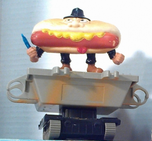 Mattel Food Fighters - Mean Weener!